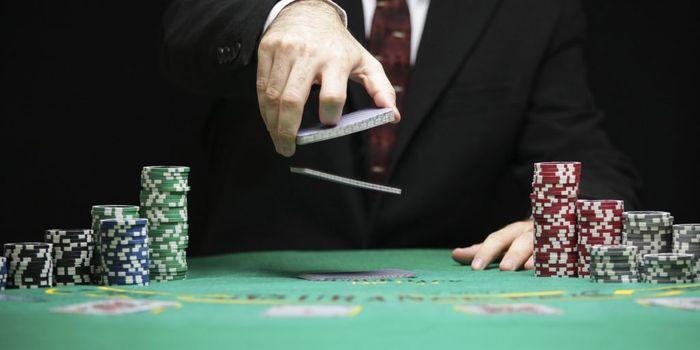 Почему азартные игры опасны на английском игровые автоматы качать на pc