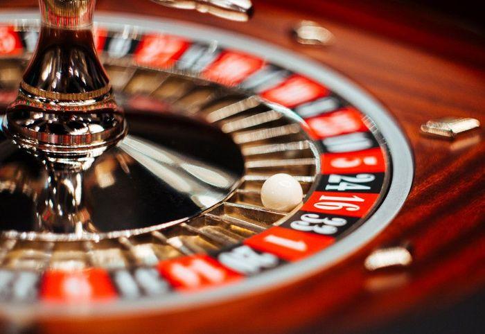 Игра на деньги онлайн с выводом денег слотс на маркете